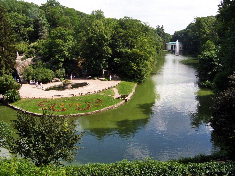 Умань. Парк «Софиевка» и фонтаны «Жемчужина любви» | Замовити тур ...